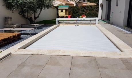 Bâche de couverture de sécurité Aqualux pour piscine Aix-en-Provence